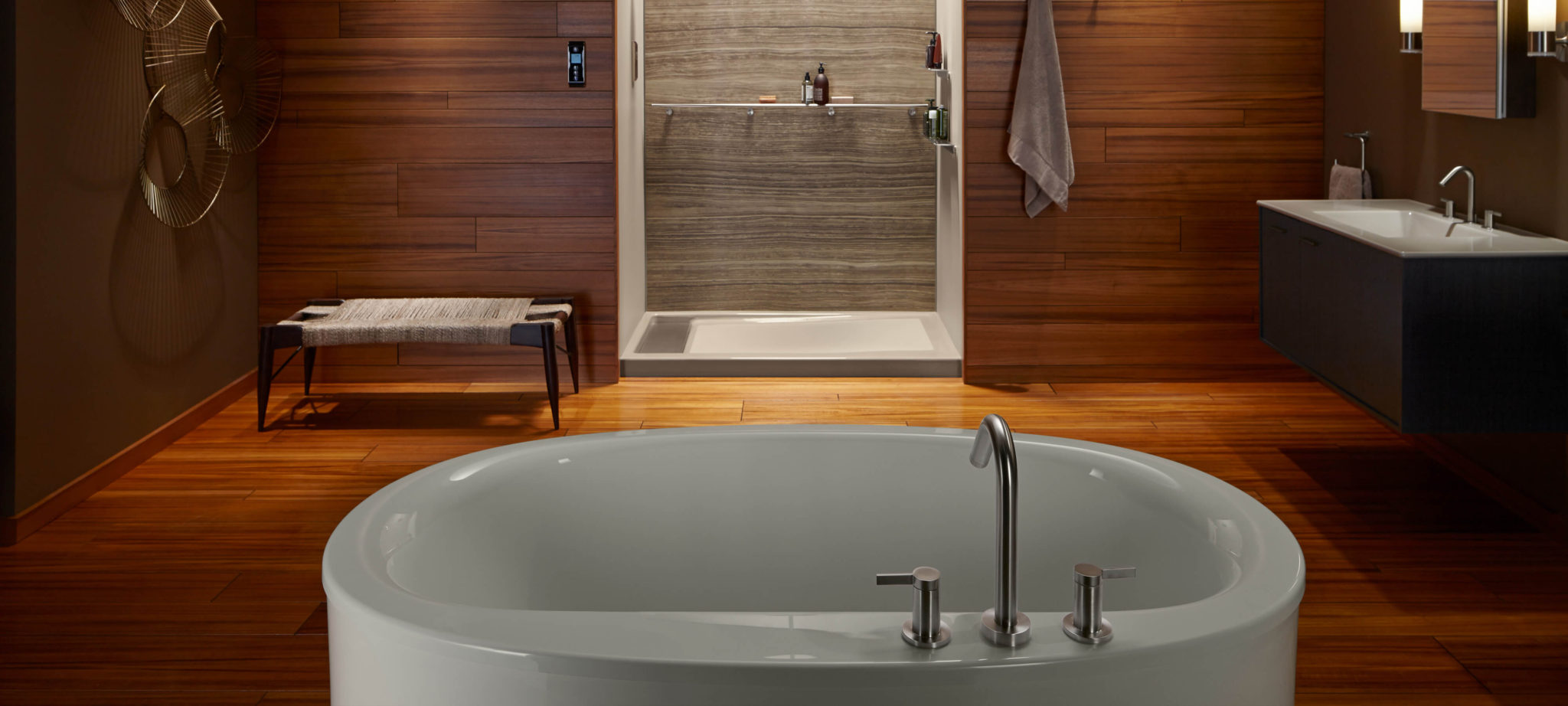 Kohler - Brown bathroom